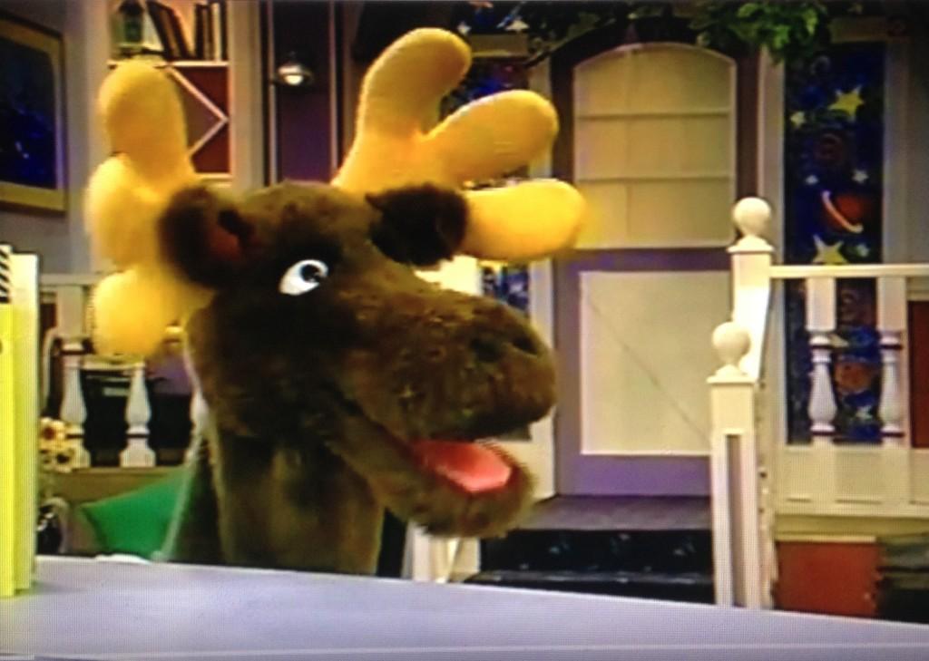 Personaje Co-Estelar: Mister Moose , Serie: LAS NUEVAS AVENTURAS DEL CAPITÁN KANGURO (THE ALL NEW CAPTAIN KANGAROO)